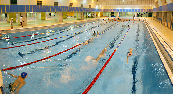 Piscine armand massard les nouvelles de paris for Piscine 75015