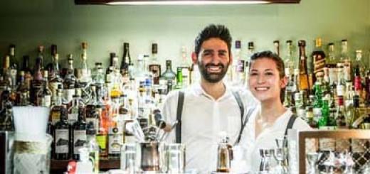 Samantha et Joseph au bar UNE