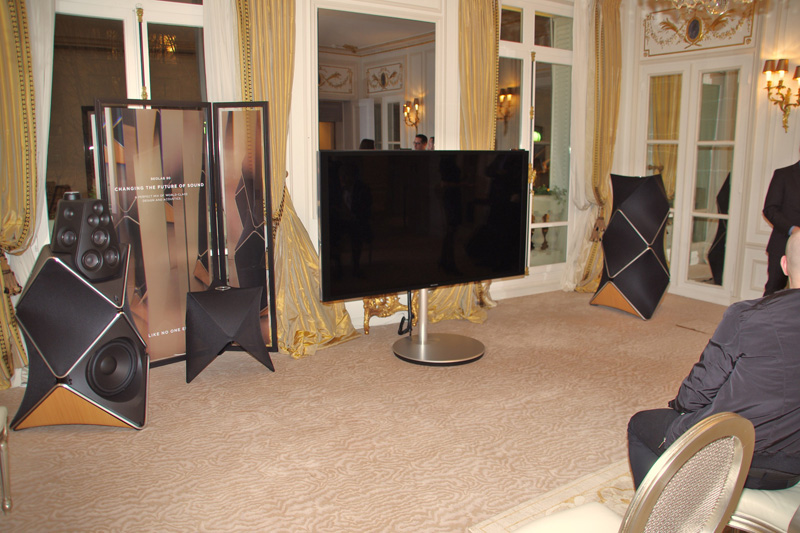 dandy s luxury night plaza ath n e paris with richard mille s t dupont bang olufsen. Black Bedroom Furniture Sets. Home Design Ideas