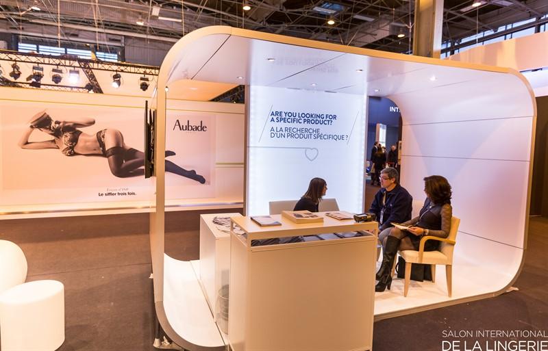 Salon international de la lingerie porte de versailles for Salon a porte de versaille 2015