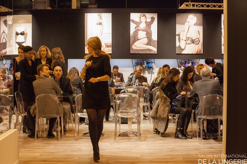 Salon international de la lingerie porte de versailles for Porte de versailles salon des vignerons independants 2015