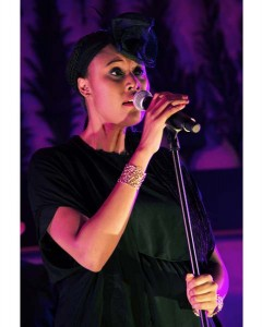 Concert_VV Brown_Arc de Triomphe